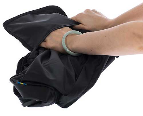 PACKABLE GYM BACKPACK BLACK 2 a