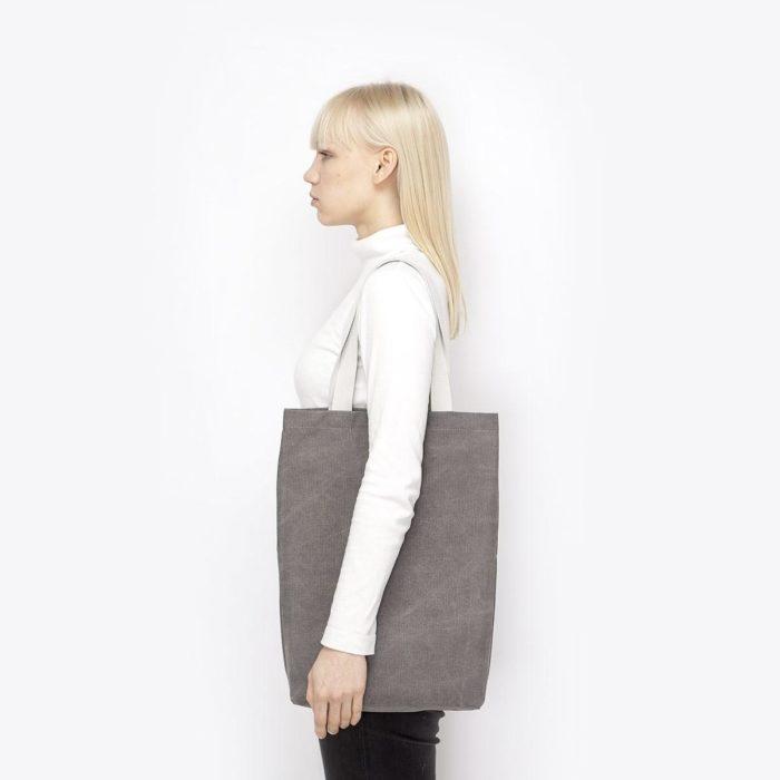 finn grey 4