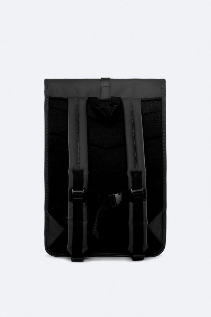 rains rolltop rucksack black 1