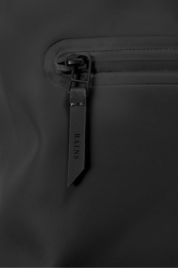 rains rolltop rucksack black 2