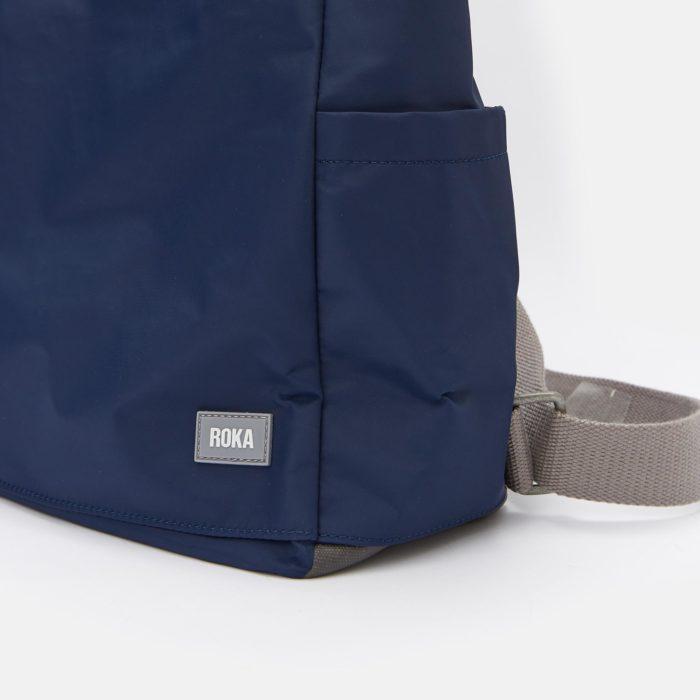 mochila impermeable roka camden medium navy detail 01